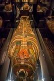 HOUSTON USA - JANUARI 12, 2017: Härlig sarkofag av den forntida Egypten i nationellt museum av naturvetenskap in Fotografering för Bildbyråer