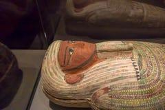 HOUSTON USA - JANUARI 12, 2017: Stäng sig upp av sarkofaget av den forntida Egypten i nationellt museum av naturvetenskap Arkivbild