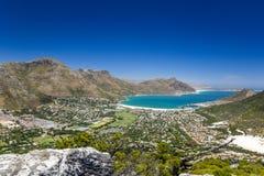 Hout海湾惊人的广角全景在开普敦,南非附近的 库存照片