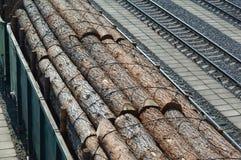 Hout, lading, trein, logboeken, wagen, het sorteren, het registreren, timmerhout royalty-vrije stock afbeeldingen