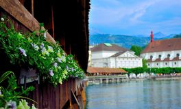 Houtbrug in Luzerne Switzerlnd Stock Afbeeldingen