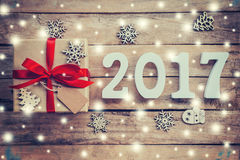 Houten aantallen die het aantal 2017, voor het nieuwe jaar 2017 vormen Royalty-vrije Stock Foto's
