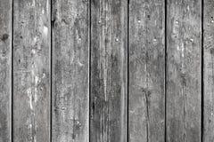 Houten achtergrond met doorstane houten en ruusty spijkers Stock Afbeeldingen