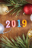Houten achtergrond over Gelukkig Nieuwjaar 2019 Stock Fotografie