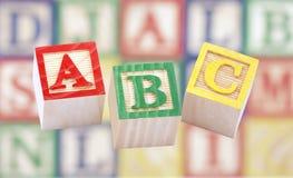 Houten alfabetblokken Stock Foto