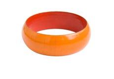 Houten armband die op wit wordt geïsoleerde Royalty-vrije Stock Fotografie