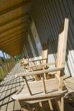 Houten balkon op een resort.JH stock fotografie