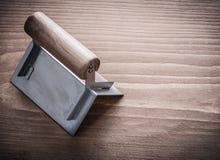 Houten behandelde hoek vroeger op houten raad Stock Afbeeldingen