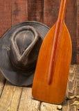 Houten blad van een kano paddl stock foto