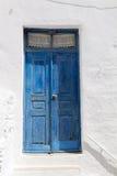 Houten blauwe deur in Griekenland Royalty-vrije Stock Afbeelding