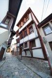 Houten blinden op de vensters van oude Plovdiv in Bulgarije Royalty-vrije Stock Afbeeldingen
