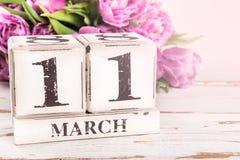 Houten Blok met de Datum van de Moedersdag, 11 Maart Royalty-vrije Stock Foto