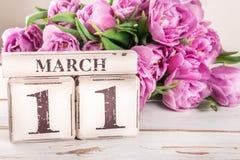 Houten Blok met de Datum van de Moedersdag, 11 Maart Stock Foto's
