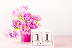 Houten Blok met de Datum van de Moedersdag, 11 Maart Royalty-vrije Stock Afbeelding