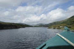 Houten boot op het meer Stock Foto