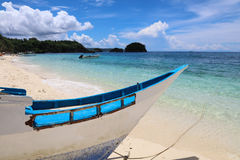 Houten boot op het Strand van Ilig Iligan, Boracay-Eiland, Filippijnen royalty-vrije stock fotografie