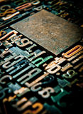 Houten brieven uitstekende achtergrond Stock Fotografie