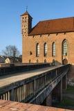 Houten brug aan het middeleeuwse kasteel in Lidzbark Warminski Royalty-vrije Stock Afbeeldingen