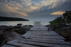 Houten brug bij eiland Kood Royalty-vrije Stock Afbeelding