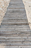 Houten brug op het zand Stock Afbeeldingen