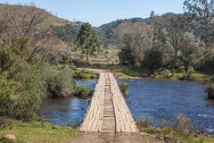 Houten brug over Contas-rivier - Grens van Sc RS van staten Royalty-vrije Stock Foto