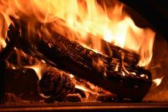 Houten dat brandwonden in de houten oven royalty-vrije stock fotografie