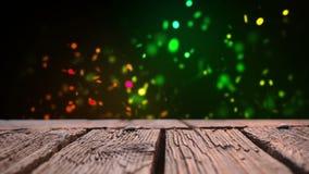 Houten dek en kleurrijke bokehlichten stock footage