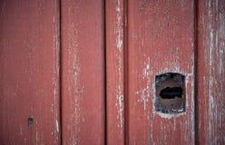 Houten deur met een sleutelgat Textuur Royalty-vrije Stock Afbeeldingen