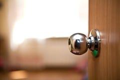 Houten deur met handvat Royalty-vrije Stock Foto's