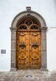 Houten deur van de Sagrario-kerk Stock Afbeeldingen