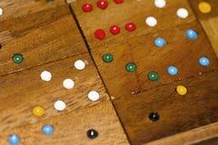 Houten domino's en aantallen stock foto