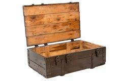 Houten doos met open die deksel op witte achtergrond wordt geïsoleerd Stock Afbeelding