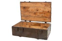 Houten doos met open die deksel op witte achtergrond wordt geïsoleerd Stock Foto's