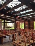 houten eetkamer Stock Afbeelding