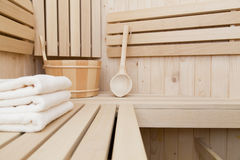 houten emmer met lepel Royalty-vrije Stock Foto's