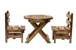 Houten geïsoleerde stoel en lijst Stock Afbeeldingen