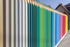 Houten gekleurde omheining Stock Foto's