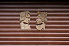 Houten Gesneden Afrikaanse Gezichten Royalty-vrije Stock Fotografie
