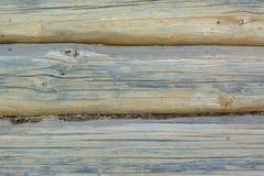 Houten grijze langzaam verdwenen logboekenachtergrond met barsten en spleten royalty-vrije stock afbeelding