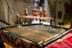 Houten hakkebord traditioneel muzikaal instrument royalty-vrije stock afbeelding