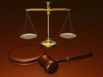 Houten hamer en schalen van het hof Royalty-vrije Stock Afbeeldingen