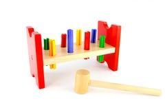 Houten hamerstuk speelgoed Royalty-vrije Stock Afbeeldingen