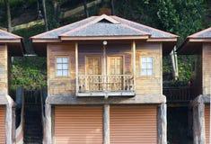 Houten hut Royalty-vrije Stock Afbeeldingen