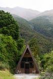 Houten hut, Haast-Pas, Nieuw Zeeland royalty-vrije stock foto's