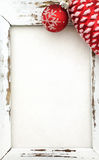 Houten Kader met Kerstmisdecoratie Royalty-vrije Stock Foto's