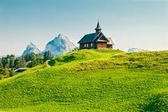 Houten kerk in Alpen, Stoos Royalty-vrije Stock Afbeelding