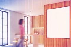 Houten keuken met een bar, affiche, gestemde kant Stock Afbeeldingen
