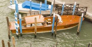 Houten Klassieke Boot Royalty-vrije Stock Afbeeldingen