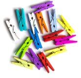 Houten kleurrijke wasknijpers Stock Afbeelding