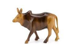 Houten koe die op witte achtergrond wordt geïsoleerd Royalty-vrije Stock Foto